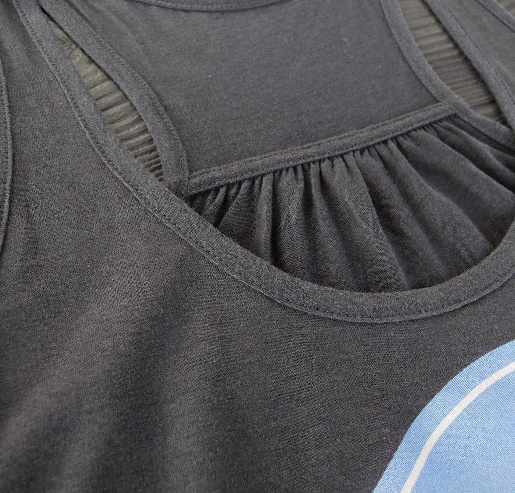 learntolive_tank_shirt_det