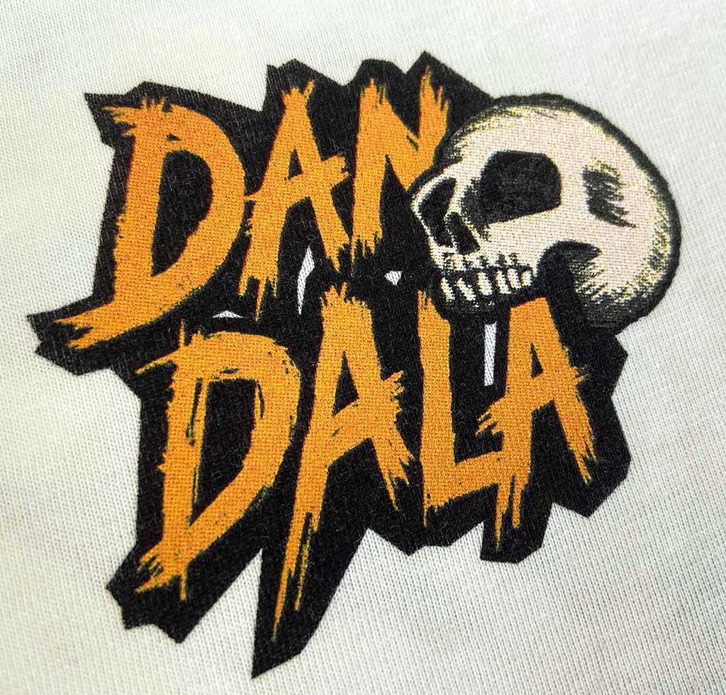 Dandala_flamingo_white_front_skull